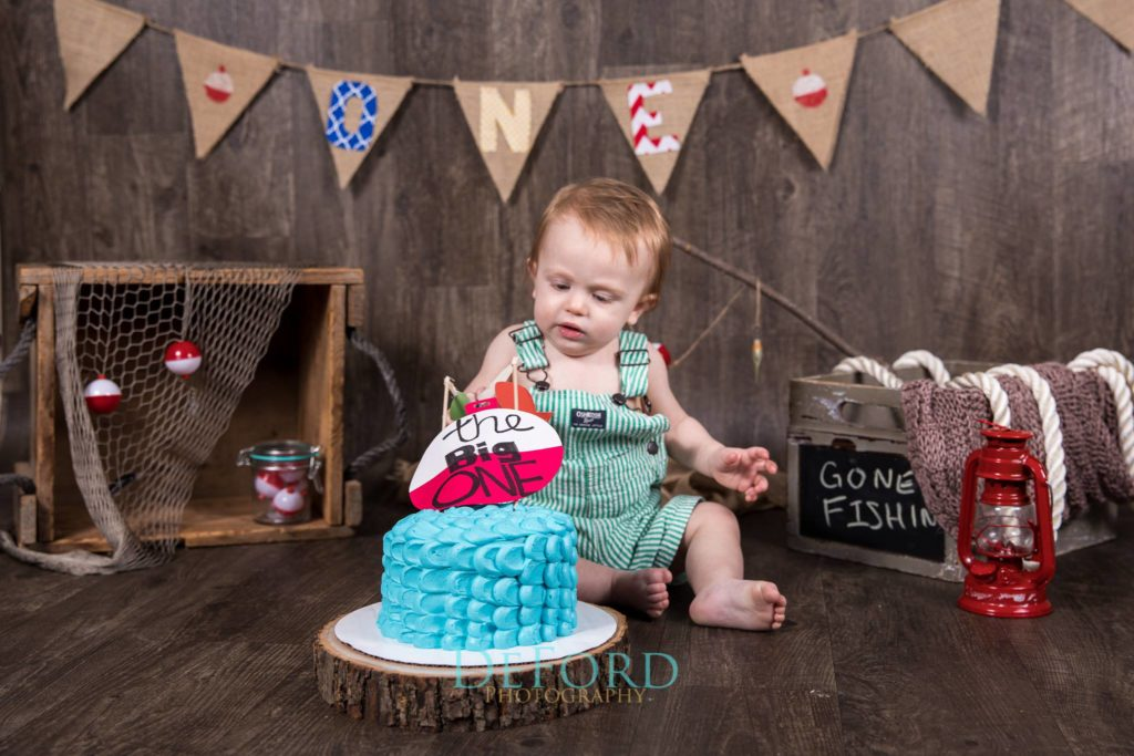 cake smash, babys first birthday, boy birthday, gone fishing birthday theme
