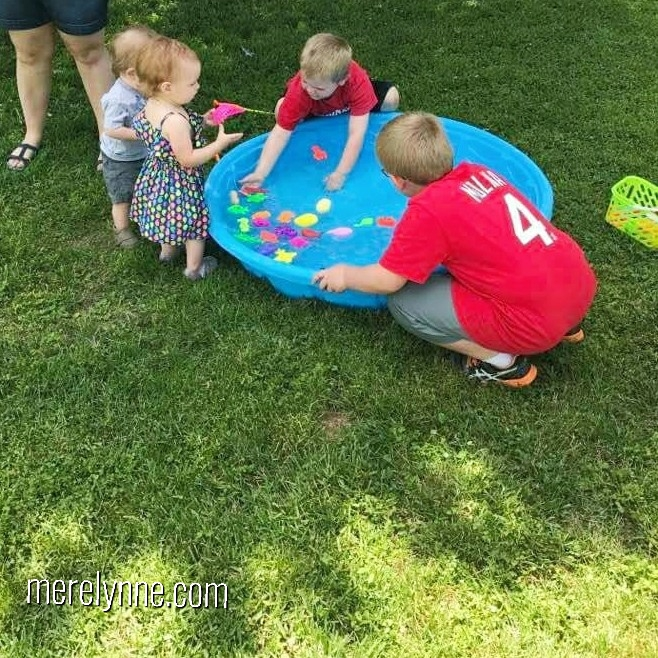 gone fishing birthday, diy smash cake, first birthday party, birthday party on a budget, meredith rines